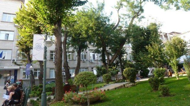 MU Varna Gebäude Medizinfakultät Innenhof 3
